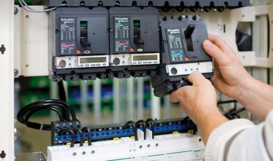 معرفی شرکت اشنایدر الکترونیک فعال در زمینه اتوماسیون صنعتی